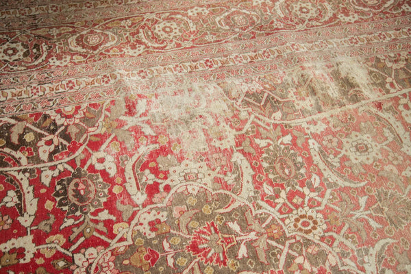 Vintage Distressed Tabriz Carpet / Item ee002972 image 7