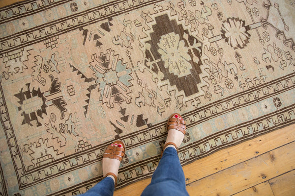 Vintage Distressed Serab Rug Runner / Item ee003397 image 4