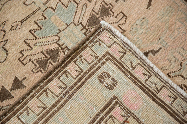 Vintage Distressed Serab Rug Runner / Item ee003397 image 7