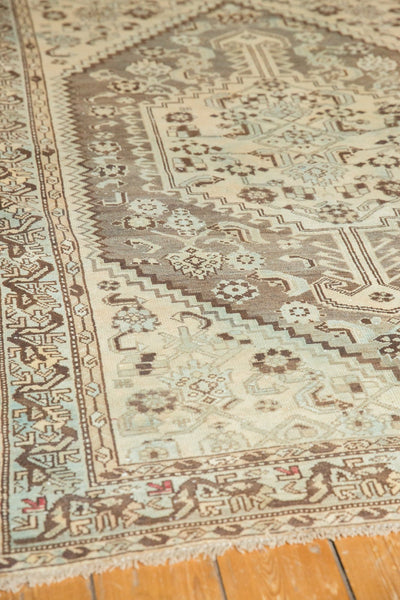 Vintage Distressed Shiraz Rug / Item ee003406 image 9