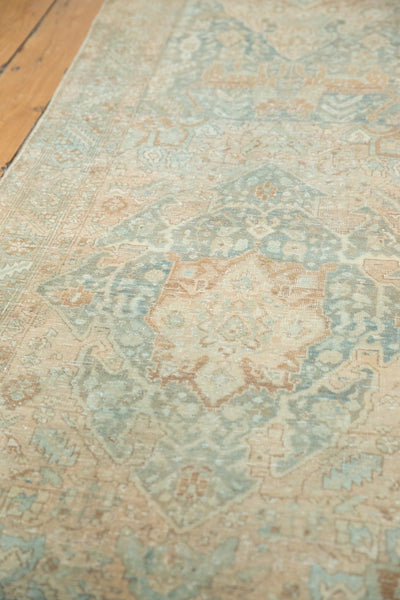 Vintage Distressed Heriz Rug Runner / Item ee003496 image 5