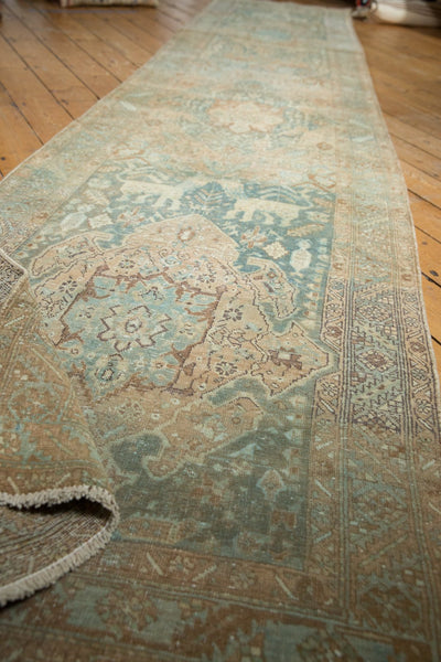 Vintage Distressed Heriz Rug Runner / Item ee003496 image 9