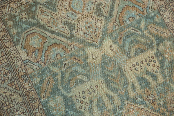 Vintage Distressed Heriz Rug Runner / Item ee003496 image 15