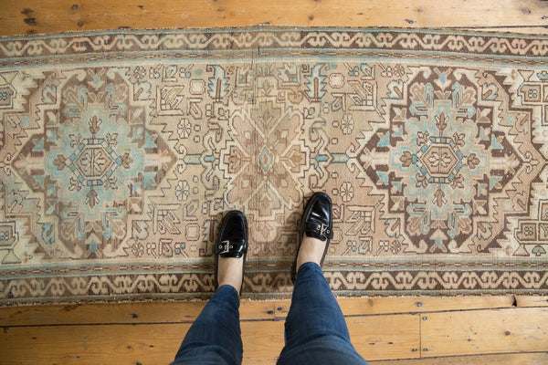 Vintage Distressed Serab Rug Runner / Item ee003508 image 2