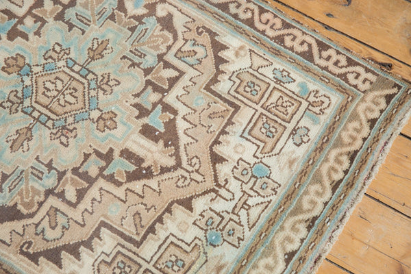 Vintage Distressed Serab Rug Runner / Item ee003508 image 5