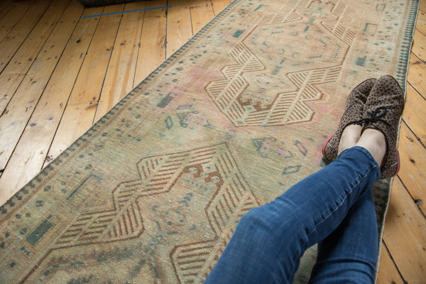 Vintage Distressed Serab Rug Runner / Item ee003515 image 3