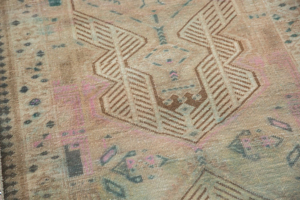 Vintage Distressed Serab Rug Runner / Item ee003515 image 9