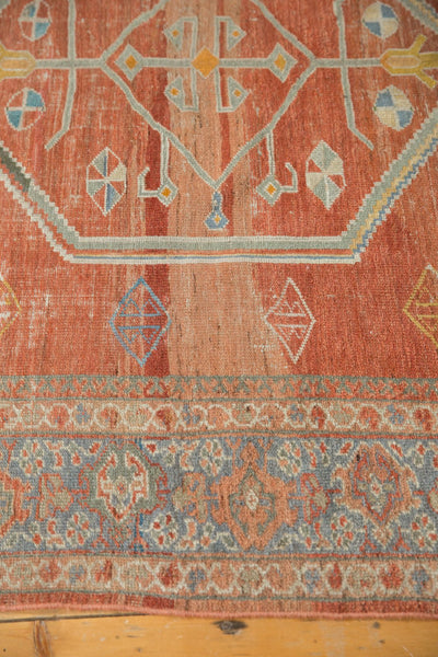 Vintage Distressed Mahal Carpet / Item ee003539 image 9