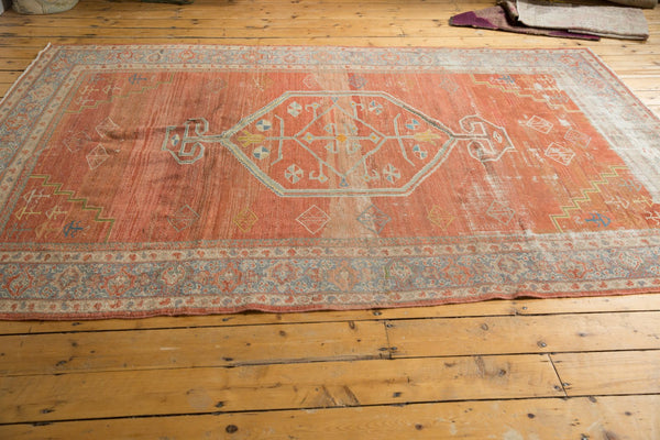 Vintage Distressed Mahal Carpet / Item ee003539 image 13