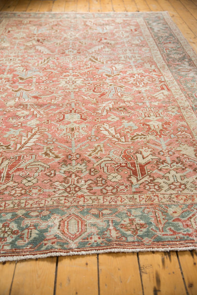 Vintage Distressed Heriz Carpet / Item ee003543 image 5