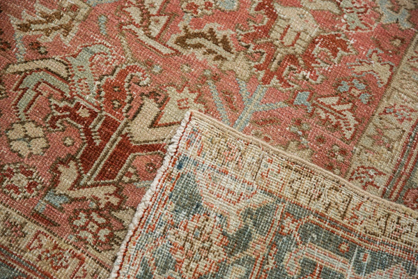 Vintage Distressed Heriz Carpet / Item ee003543 image 7
