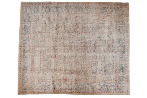 Vintage Distressed Sparta Carpet / ONH item ee003577