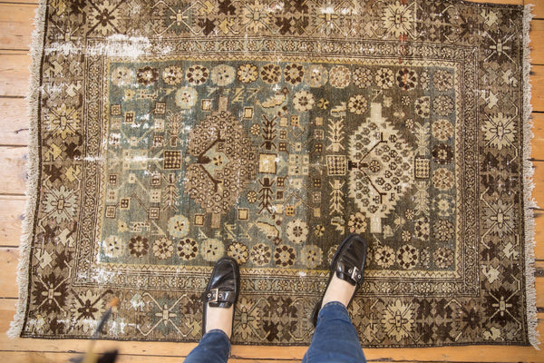 Vintage Distressed Malayer Rug / ONH item ee003582 Image 1