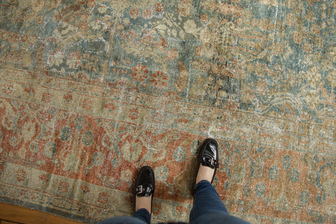 Vintage Distressed Lilihan Carpet / ONH item ee003583 Image 1