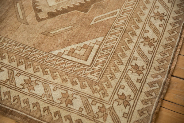 Vintage Distressed Oushak Carpet / ONH item ee003618 Image 3