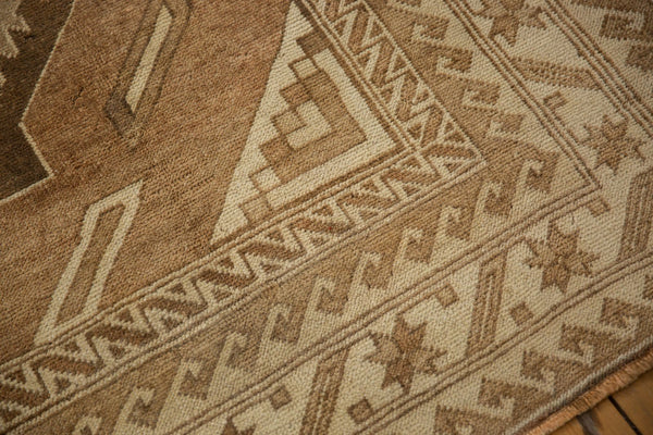 Vintage Distressed Oushak Carpet / ONH item ee003618 Image 6