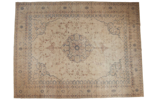 Vintage Distressed Sparta Carpet / ONH item ee003624