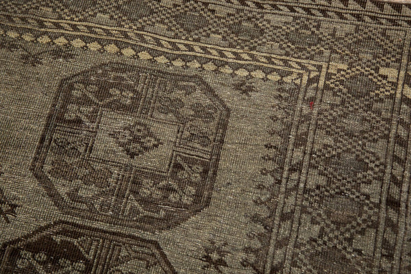 Vintage Distressed Ersari Carpet / ONH item ee003640 Image 2