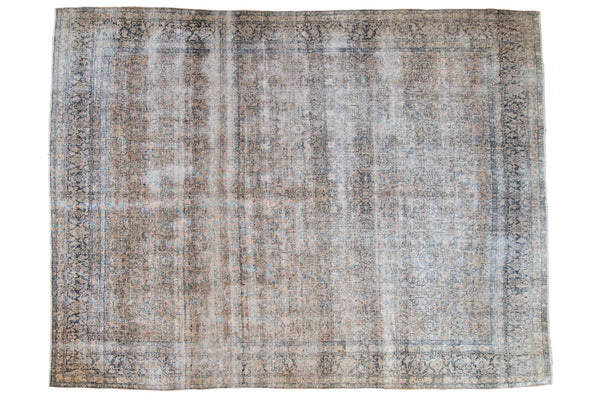Vintage Distressed Kashan Carpet / ONH item ee003650
