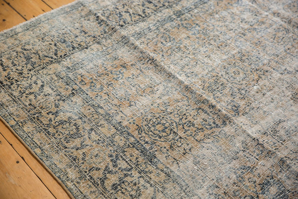 Vintage Distressed Kashan Carpet / ONH item ee003650 Image 8