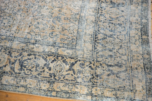 Vintage Distressed Kashan Carpet / ONH item ee003650 Image 13