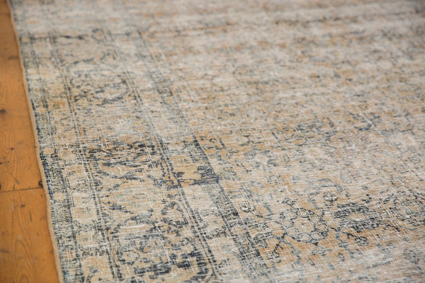 Vintage Distressed Kashan Carpet / ONH item ee003650 Image 15