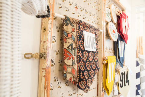 RUGLING 04 : Limited Edition Rug Cork Board Flag - Old New House