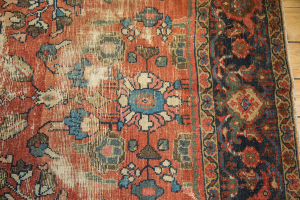 Distressed Mahal Carpet / Item sm001229 image 10