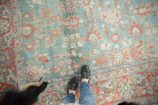 Vintage Distressed Mahal Carpet / Item sm001323 image 3
