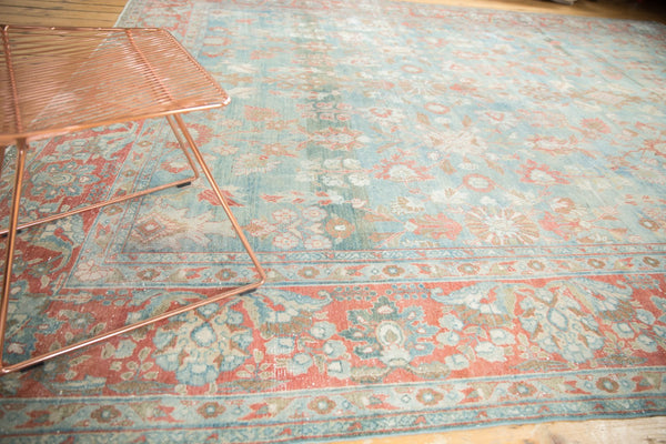 Vintage Distressed Mahal Carpet / Item sm001323 image 4
