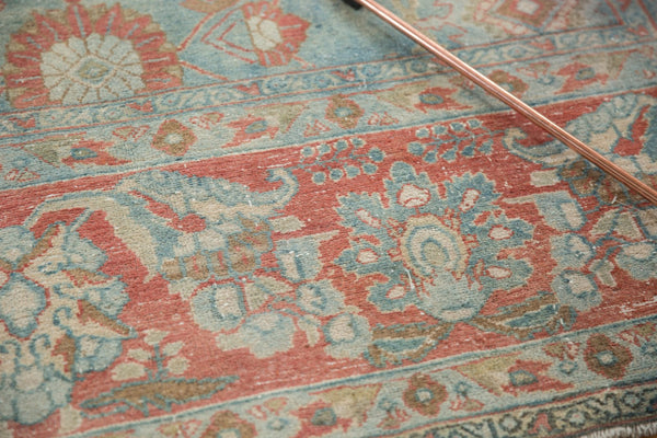 Vintage Distressed Mahal Carpet / Item sm001323 image 7