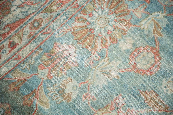 Vintage Distressed Mahal Carpet / Item sm001323 image 9