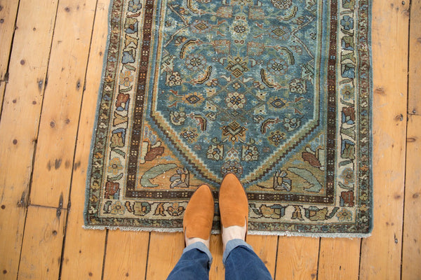 Vintage Distressed Hamadan Rug Runner / Item sm001347 image 4