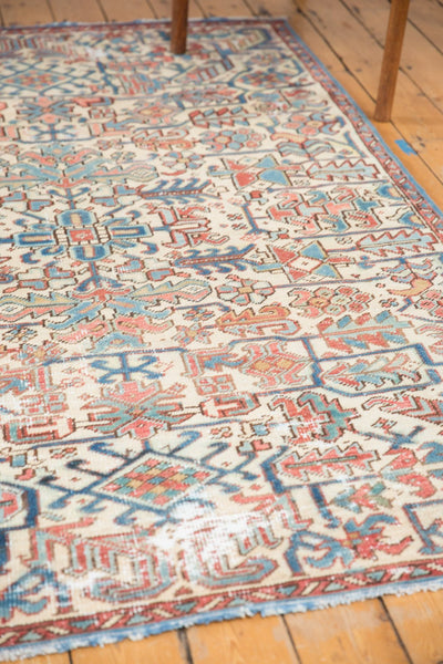 Vintage Distressed Heriz Fragment Carpet / Item sm001348 image 5