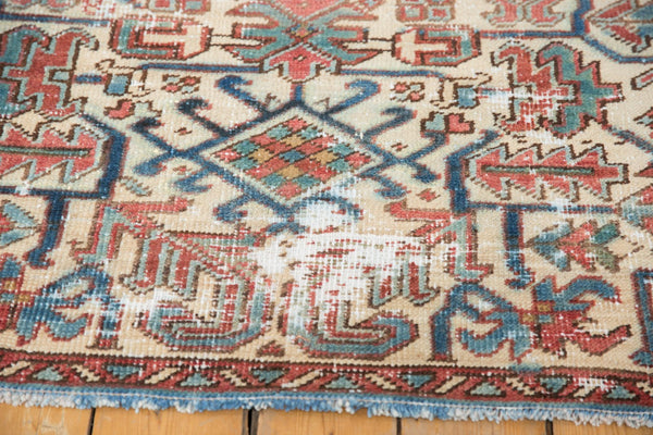 Vintage Distressed Heriz Fragment Carpet / Item sm001348 image 6