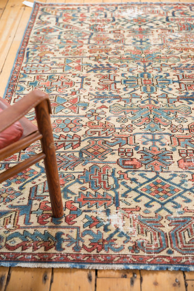 Vintage Distressed Heriz Fragment Carpet / Item sm001348 image 10