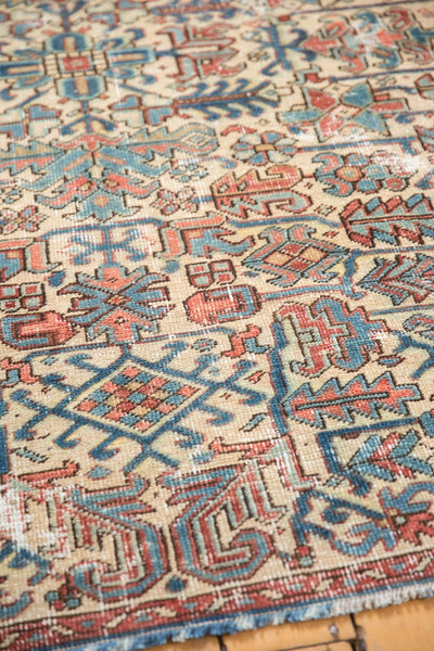 Vintage Distressed Heriz Fragment Carpet / Item sm001348 image 11