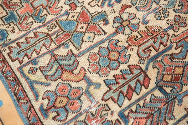 Vintage Distressed Heriz Fragment Carpet / Item sm001348 image 13