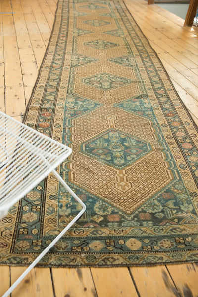 Vintage Distressed Serab Rug Runner / Item sm001376 image 3