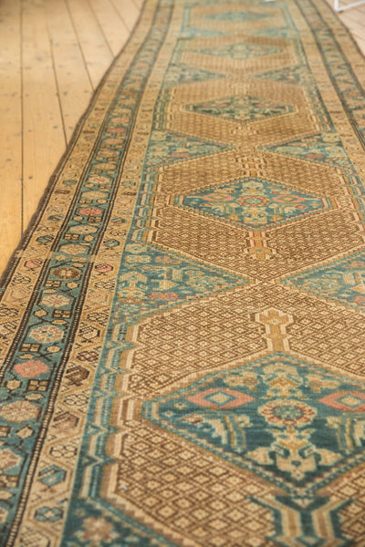 Vintage Distressed Serab Rug Runner / Item sm001376 image 9