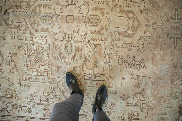 Vintage Distressed Heriz Carpet / Item sm001410 image 2