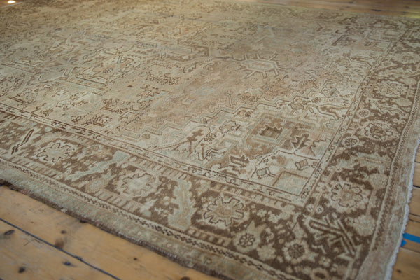 Vintage Distressed Heriz Carpet / Item sm001410 image 6