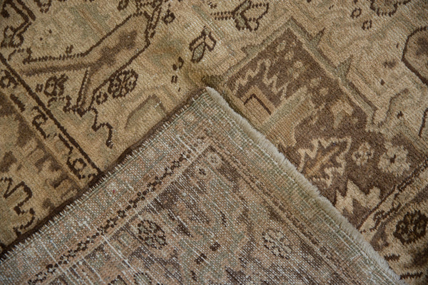 Vintage Distressed Heriz Carpet / Item sm001410 image 13
