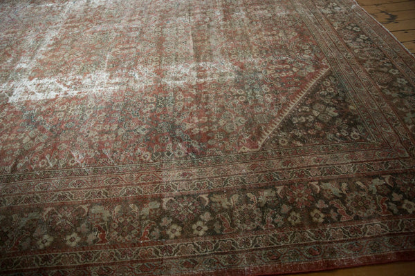 Vintage Distressed Mahal Square Carpet / Item sm001426 image 8