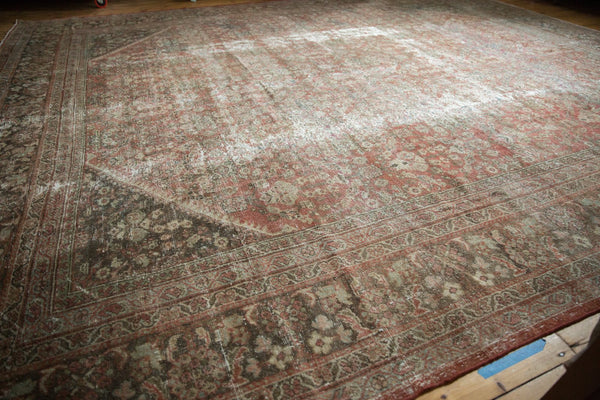 Vintage Distressed Mahal Square Carpet / Item sm001426 image 13