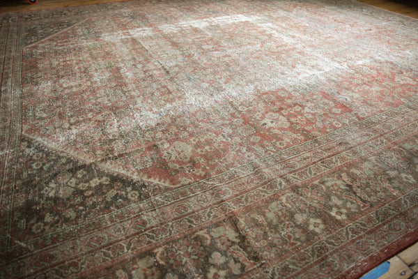 Vintage Distressed Mahal Square Carpet / Item sm001426 image 21