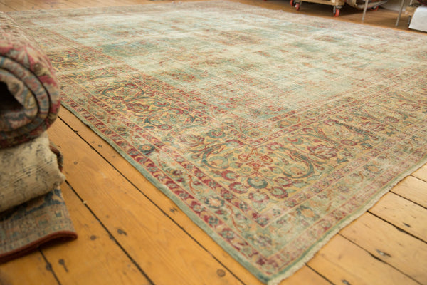 Vintage Distressed Kerman Square Carpet / ONH item sm001515 Image 3