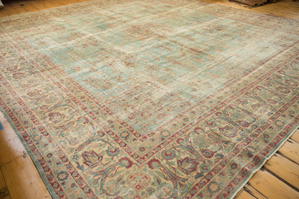 Vintage Distressed Kerman Square Carpet / ONH item sm001515 Image 11