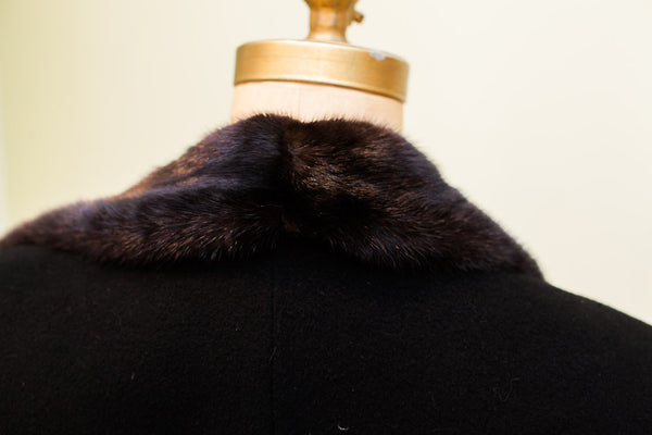 Vintage Dunhill Tailors Mens Coat With Fur Collar - Old New House
