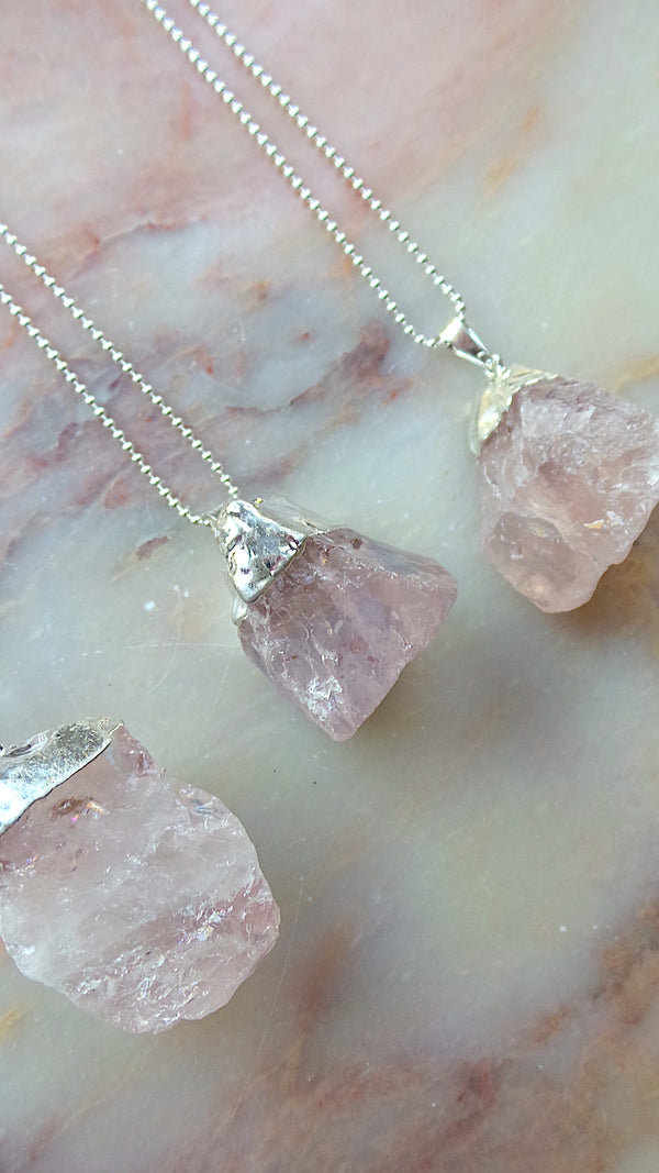 Rose quartz nurture necklace in silver